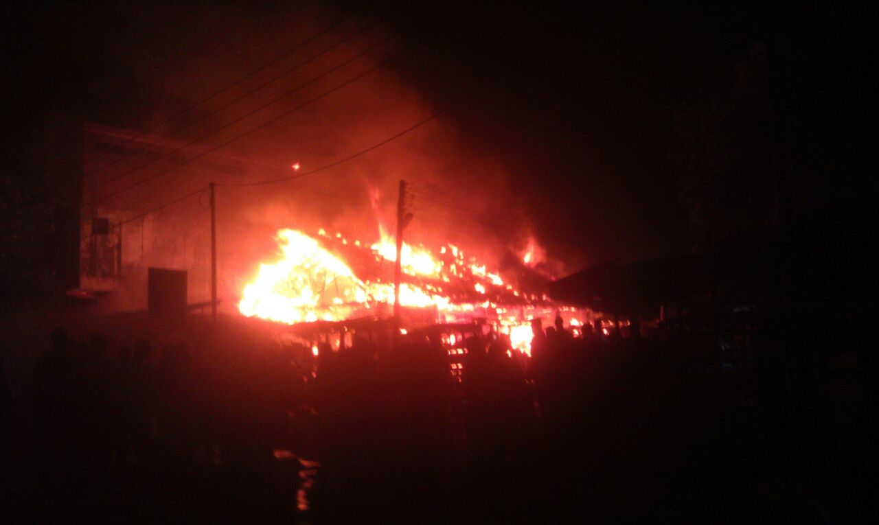 Fire Destorys Akim Oda Central Market