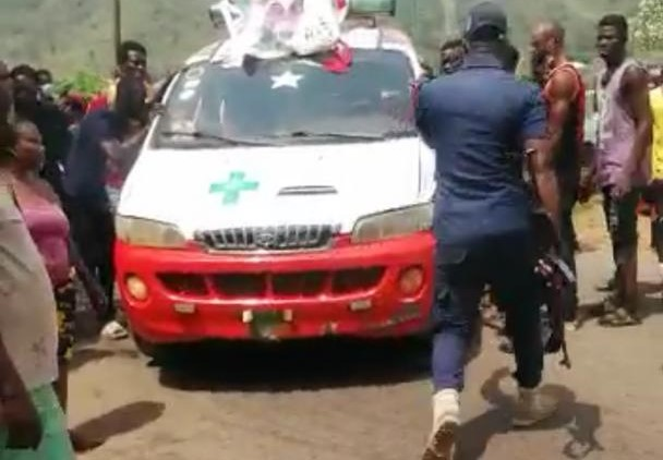 Image result for E/R: Chaos as Police block mourners over COVID protocols